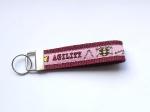 Agility rosa-bordeaux - ca. 11,5 cm zzgl. Metallöse und Schlüsselring