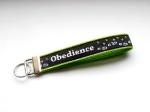 Obedience - ca. 15 cm zzgl. Metallöse und Schlüsselring