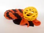 Vollgummi-Gitterball gelb (7 cm) mit Fleecezergel (35 cm zzgl. Fransen) - Fleece orange und schwarz